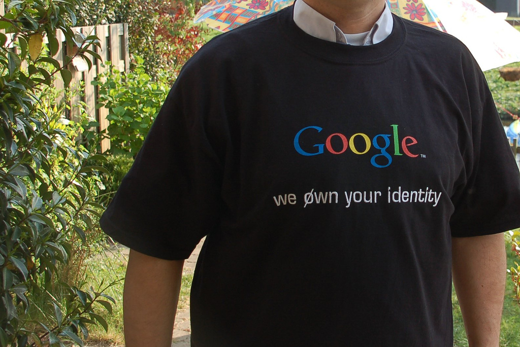 Camiseta Google