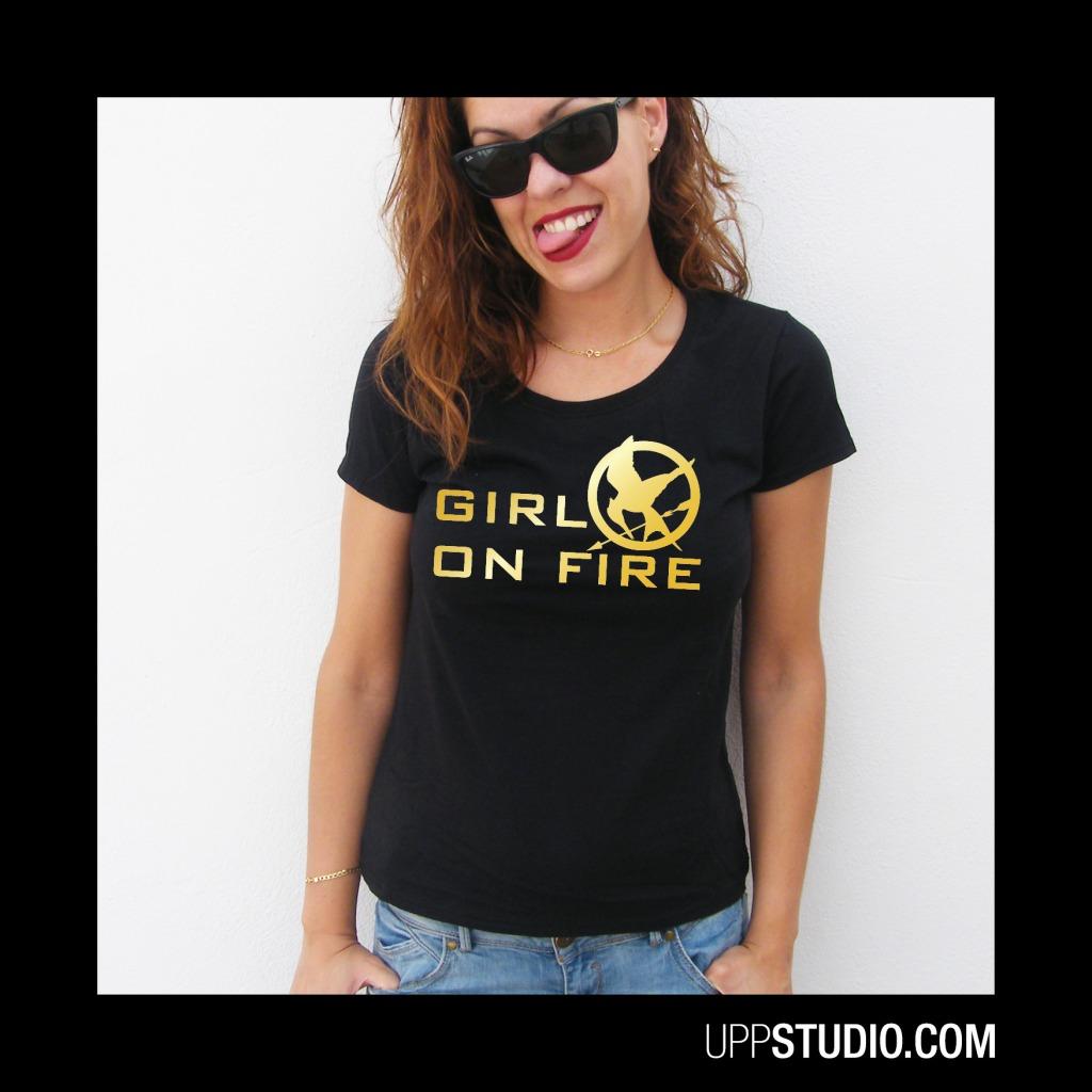 Camiseta Girl On Fire Chica Los Juegos Del Hambre The Hunger Games | En Llamas | UppStudio