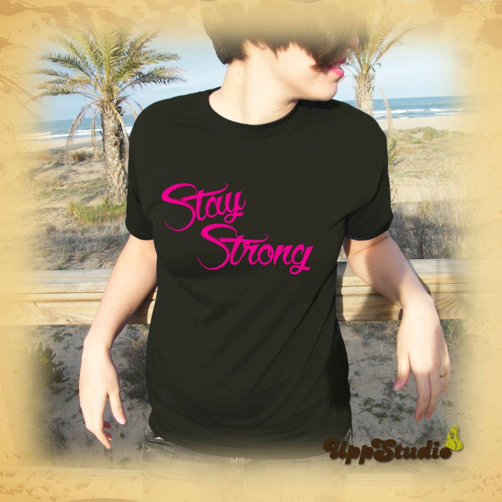 Camiseta Demi Lovato Stay Strong | UppStudio