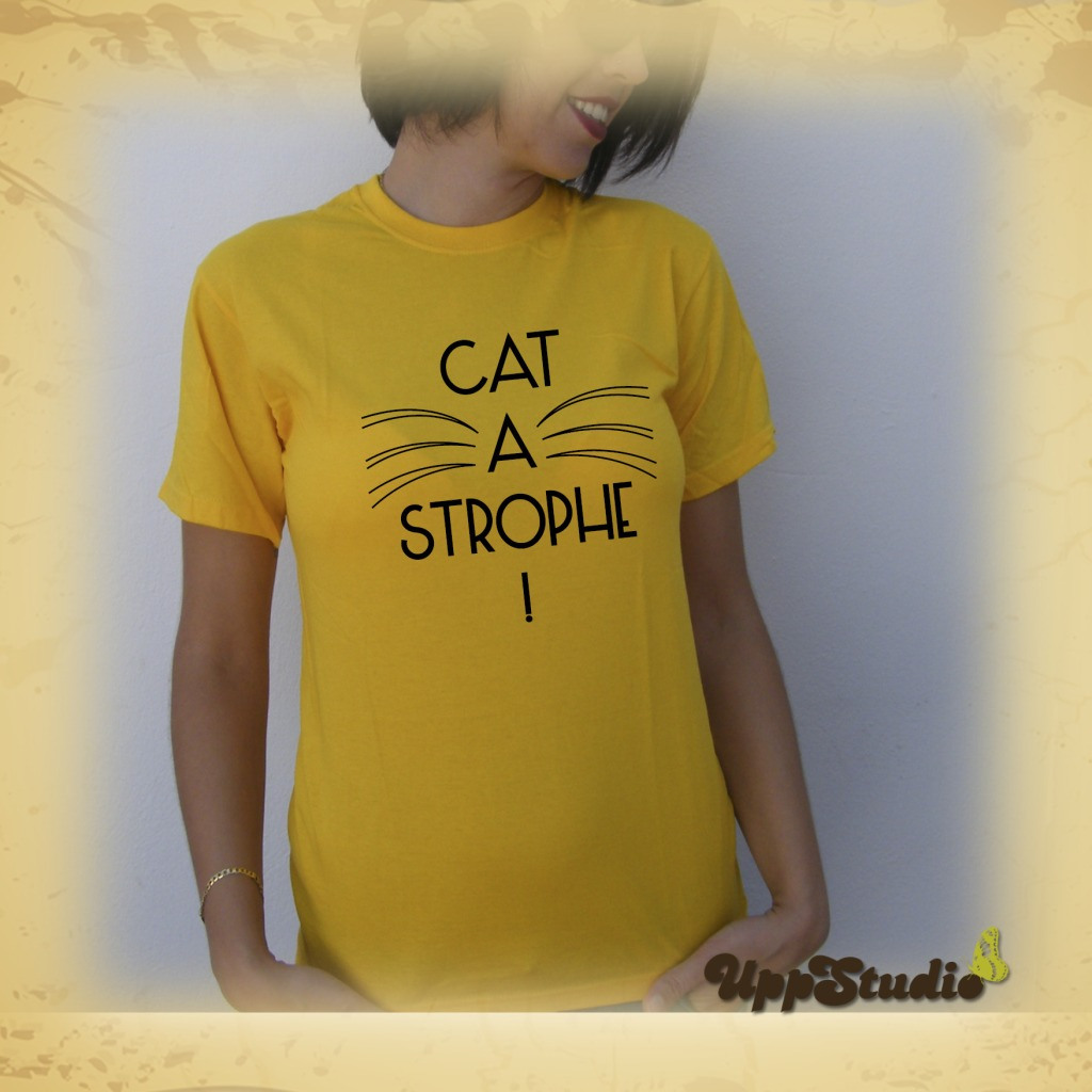 Camiseta Cat A Strophe Gatos | UppStudio
