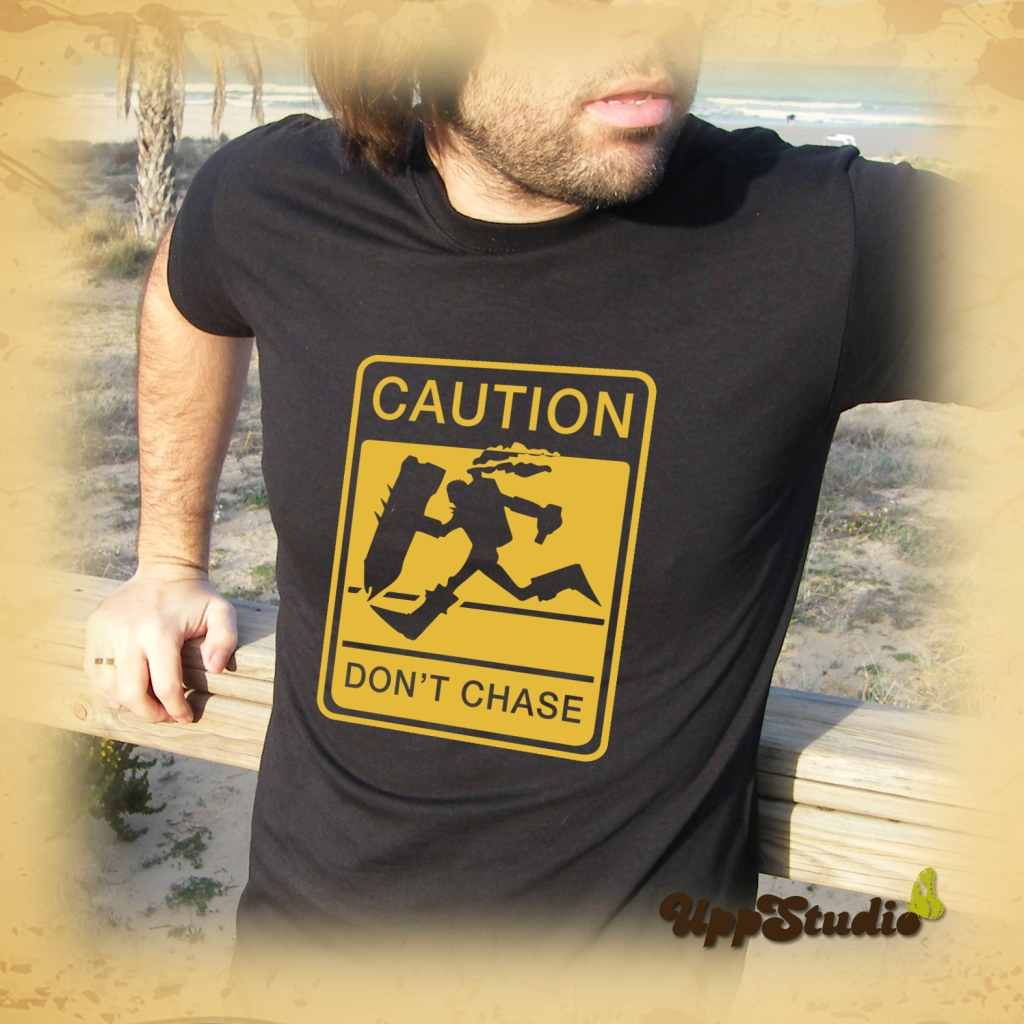 Camiseta League Of Legends Caution Don't Chase LOL | UppStudio