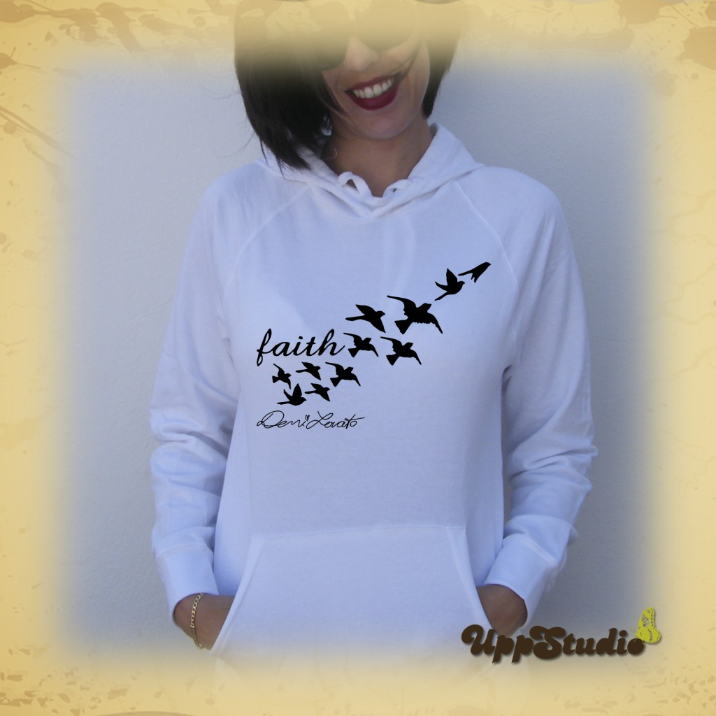 Sudadera Demi Lovato Tatuajes Tattoos Faith | UppStudio